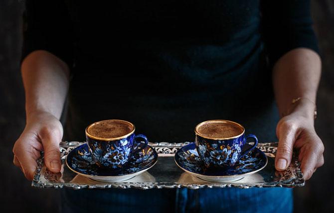 Синие чашки