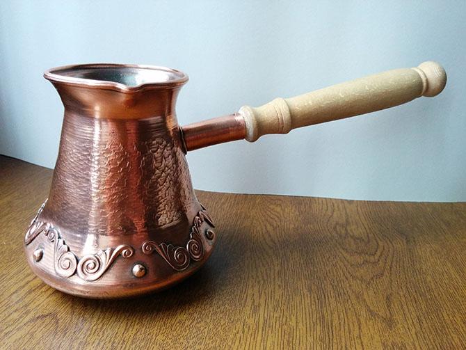 Традиционный сосуд для приготовления напитка