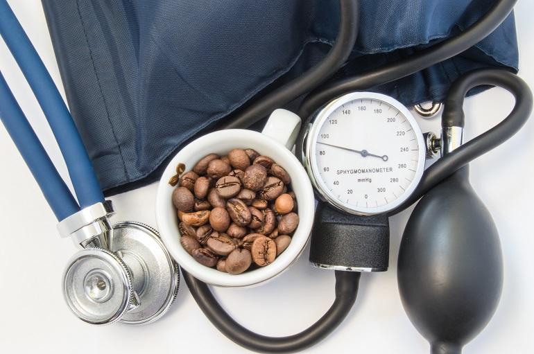 Влияние кофе на артериальное давление: повышает или понижает его