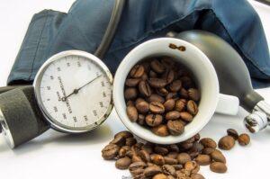 кофе при пониженном давлении и высоком пульсе